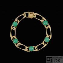 14k Gold Bracelet with cabochon Chrysoprases.