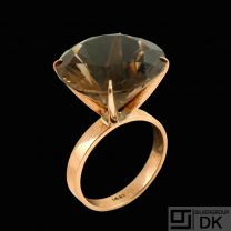 14k Rose Gold Cocktail Ring with Smoke Quartz.