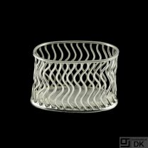 Svend Weihrauch - F. Hingelberg. Small Sterling Silver Wire Bowl #1086B.