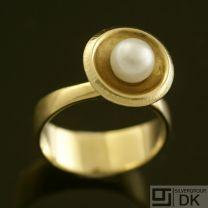 Danish Gold Ring w/ Pearl - Hans Hansen - VINTAGE