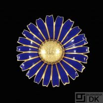A. Michelsen. Gilded Silver Daisy Brooch / Pendant with Blue Enamel. 50mm