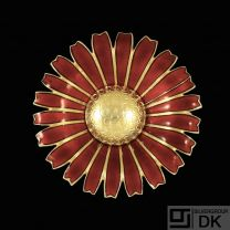 A. Michelsen. Gilded Silver Daisy Brooch / Pendant with Red Enamel. 50mm