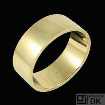 Frantz Hingelberg. Hindged 14K Gold Bangle - 1960s