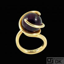 Christian Frederik Heise - Copenhagen. 14k Gold Cocktail Ring with Amethyst.