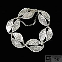 Willy Winnaess for David-Andersen. Sterling Silver Bracelet. 1960s