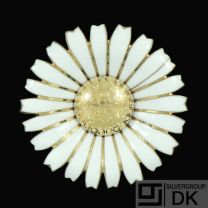 A. Michelsen. Gilded Silver Daisy Brooch / Pendant with White Enamel. 50mm