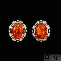 Einer Bernhard Fehrn. Art Nouveau Silver Earrings with Amber.