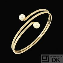 Danish 14k Gold Bangle with Pearls. 1960s