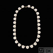 Georg Jensen. Gilded Sterling Silver DAISY Necklace with white Enamel 11mm.