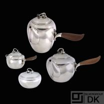 Georg Jensen. Sterling Silver Tea Set #875 - Harald Nielsen - 1933-44
