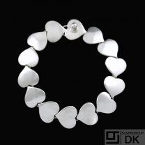 Karl Gustav Hansen for Hans Hansen. Sterling Silver Heart Bracelet #236. 16,5cm.