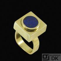 Boy Johansen. 14k Gold Ring with Lapis Lazuli - 1960s.