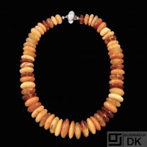 Kirsten Pontoppidan. Danish Amber Necklace with silver/gold Ball Clasp.