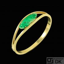 Knud Hejl - Denmark. 14k Gold Bangle with Jade.