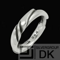 Georg Jensen. Sterling Silver Ring #238 - Ole Kortzau - NEW
