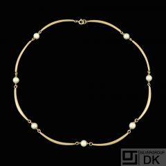 DGH - Copenhagen. 14k Gold Necklace with Pearls. 1960s.