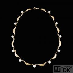 Volmer Bahner. 14k Gold Necklace with Pearls - 1960s.